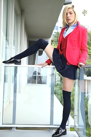 Free Young Schoolgirl Porn Pictures