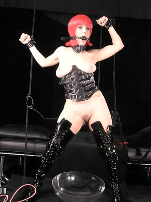 Free Young BDSM Porn Pictures
