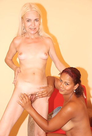 Free Young Lesbian Interracial Porn Pictures