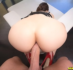 Free Young Big Ass Anal Porn Pictures