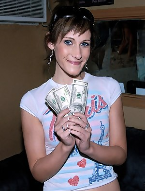 Free Young Money Porn Pictures